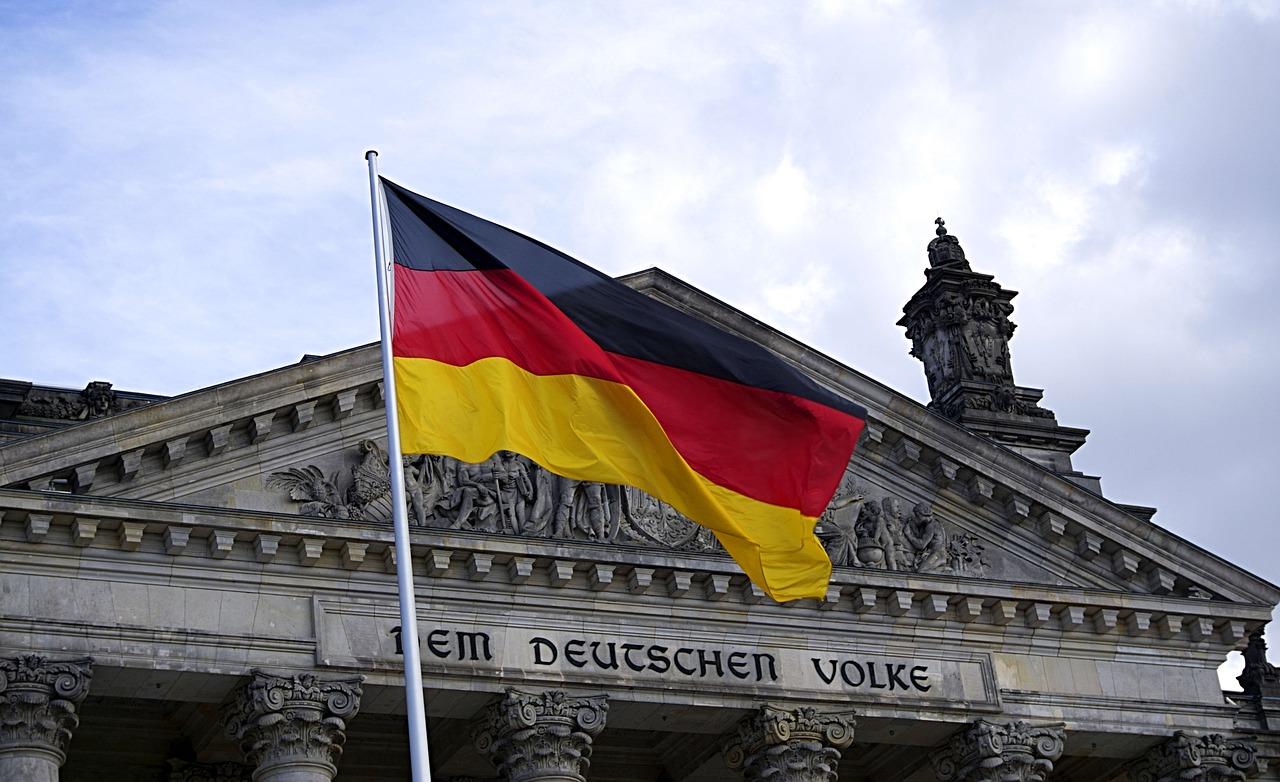 Niemcy: rząd wprowadza nowe ograniczenia z powodu epidemii koronawirusa