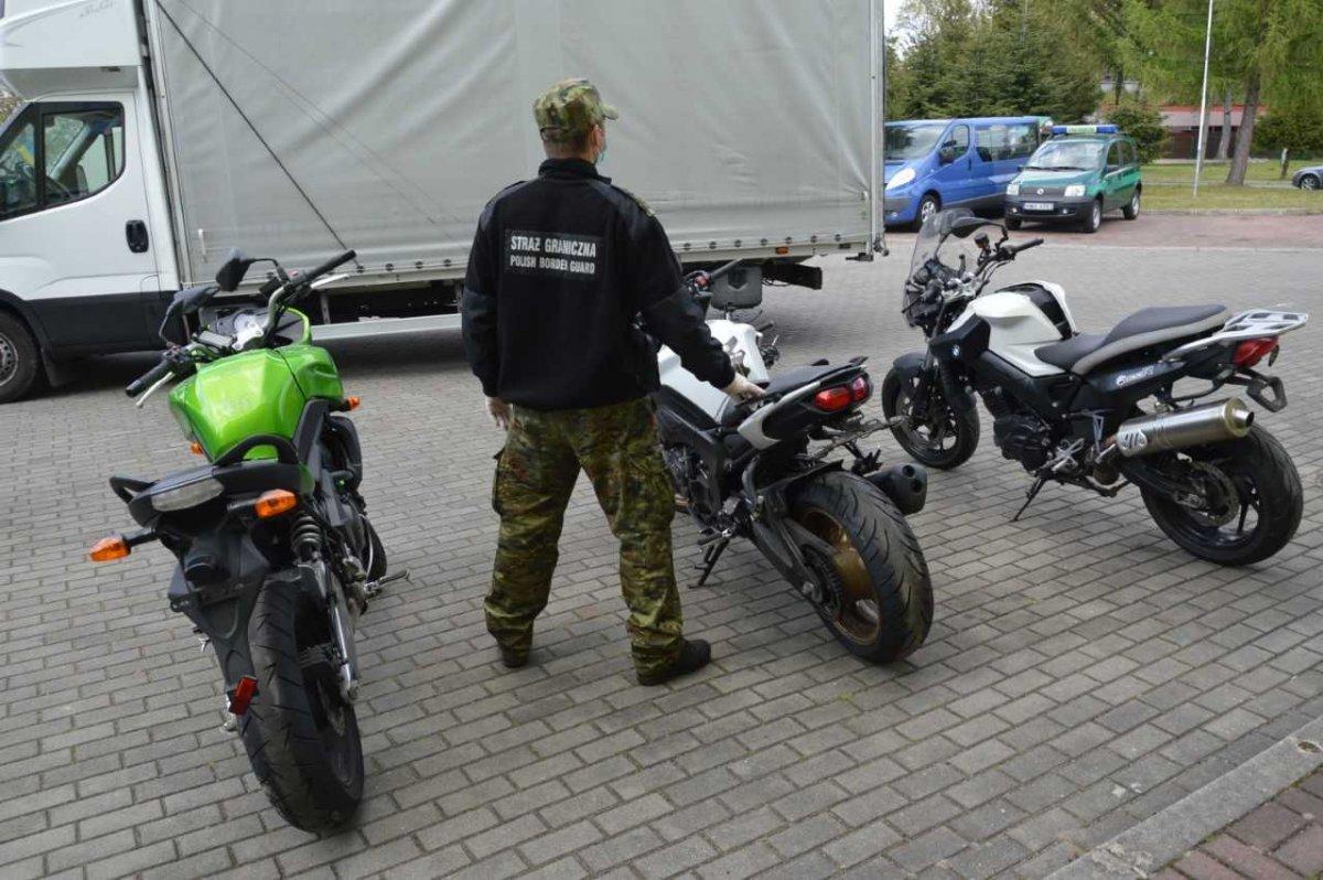 Ciężarówka ze skradzionymi motocyklami