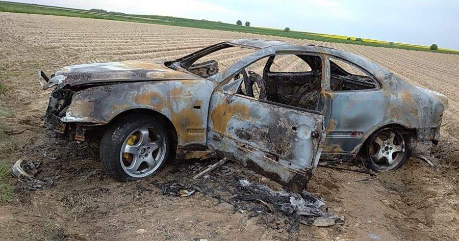"""Kręcili """"bączki"""", aż doprowadzili do pożaru auta"""