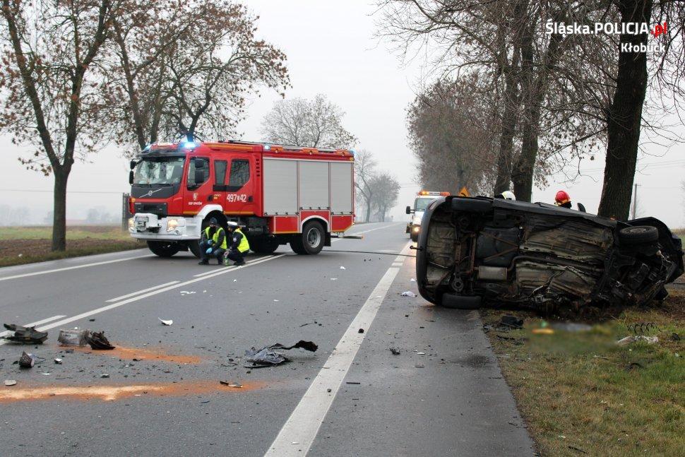 Tragiczny wypadek na DK 43 - nie żyje kierowca forda