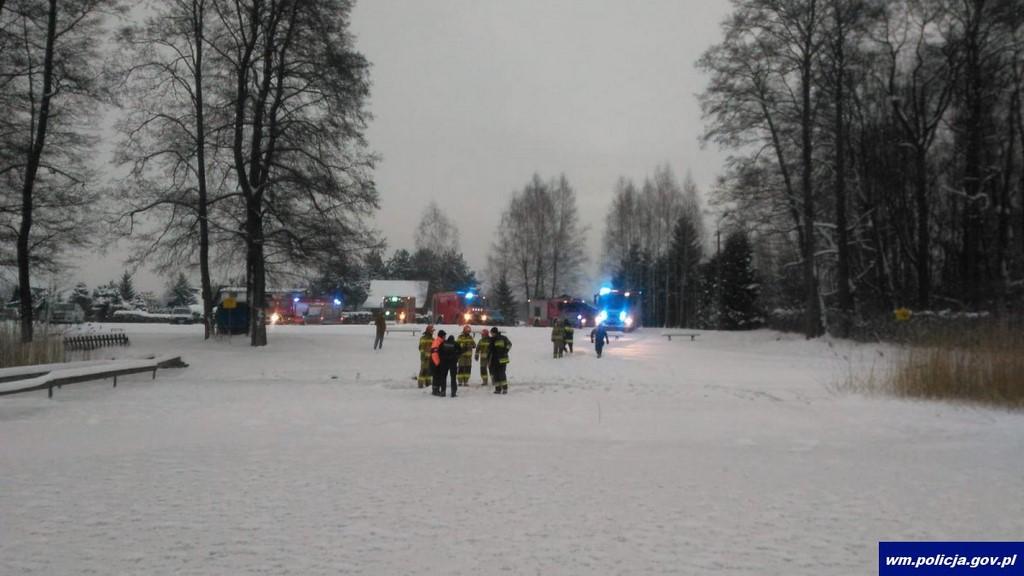 Wyprawa na ryby zakończyła się tragicznie. Dwóch mężczyzn utonęło – załamał się pod nimi lód